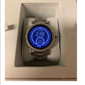 Micheal Kors Sophi Silver Smart Watch